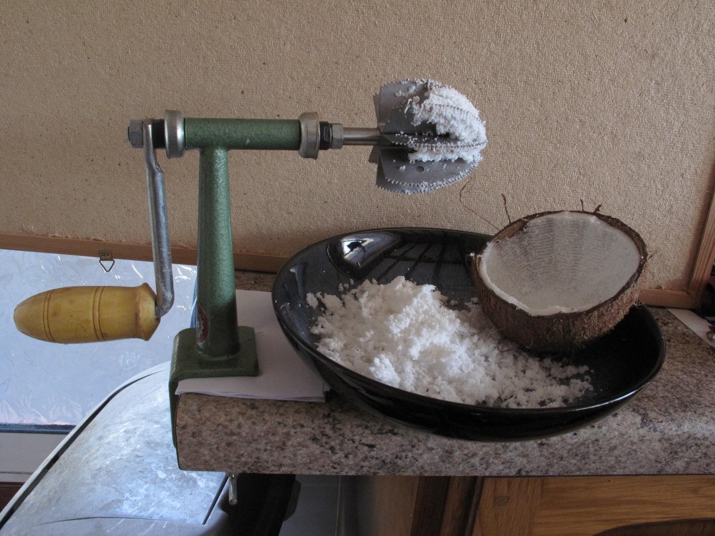 Buy yumart desktop coconut manual scraper \ metal coconut.